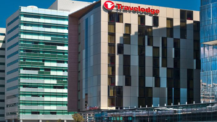 Buitenaanzicht TRAVELODGE DOCKLANDS