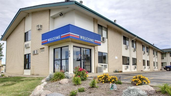 Exterior view MOTEL 6 PEORIA EAST