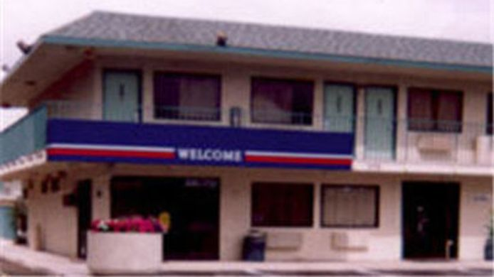 Exterior view MOTEL 6 BAKERSFIELD SOUTH