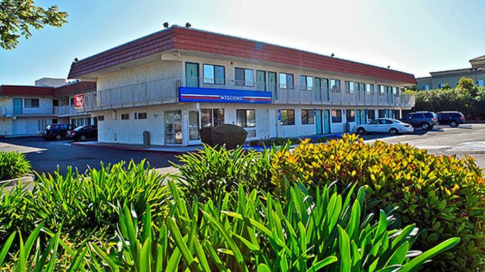 Exterior view MOTEL 6 VACAVILLE