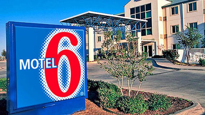 Buitenaanzicht MOTEL 6 DALLAS NORTHEAST
