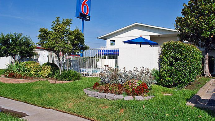 Buitenaanzicht MOTEL 6 FORT WORTH NORTH