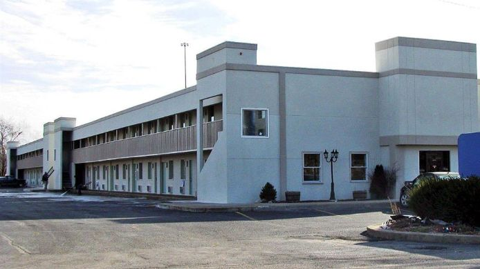 Exterior view MOTEL 6 COLUMBUS