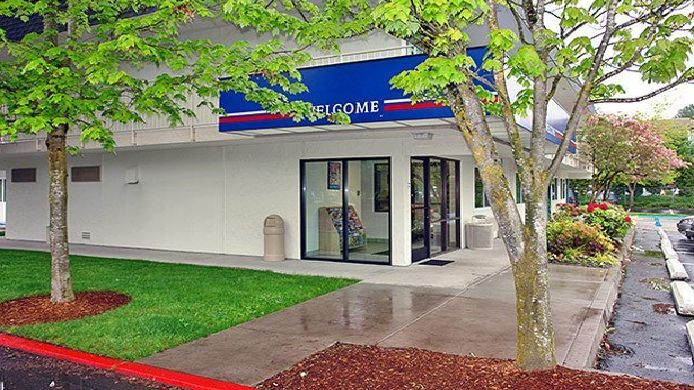 Exterior view MOTEL 6 SEATTLE EAST- ISSAQUAH