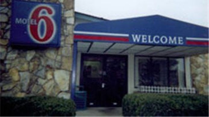 Buitenaanzicht MOTEL 6 ST. LOUIS SOUTH