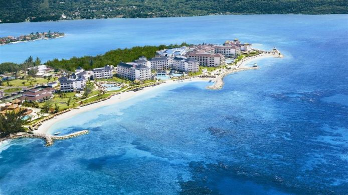 Buitenaanzicht SECRETS ST. JAMES MONTEGO BAY