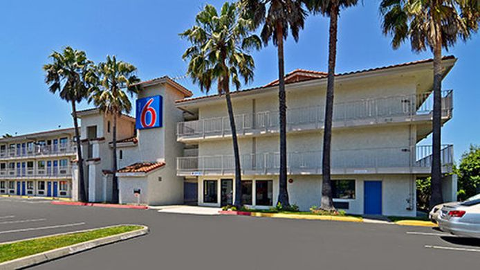 Exterior view MOTEL 6 SUISUN CITY