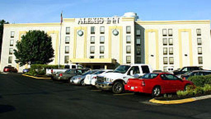 Exterior view Alexis Inn & Suites Airport Opryland