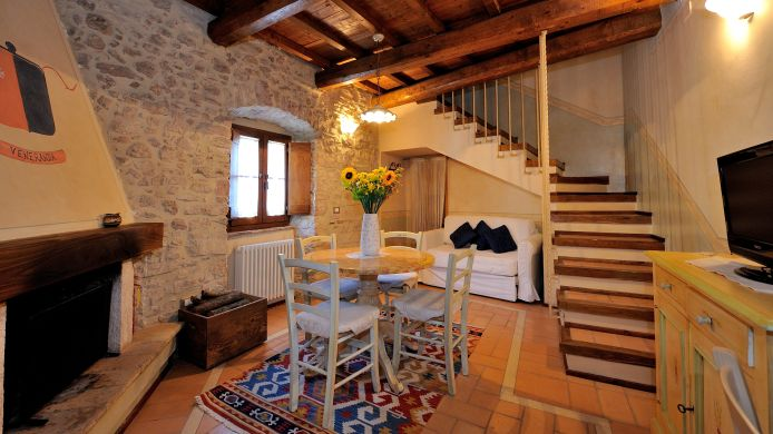 Apartment Antica Torre Del Nera Residence