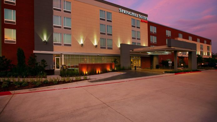 Exterior view SpringHill Suites Houston The Woodlands
