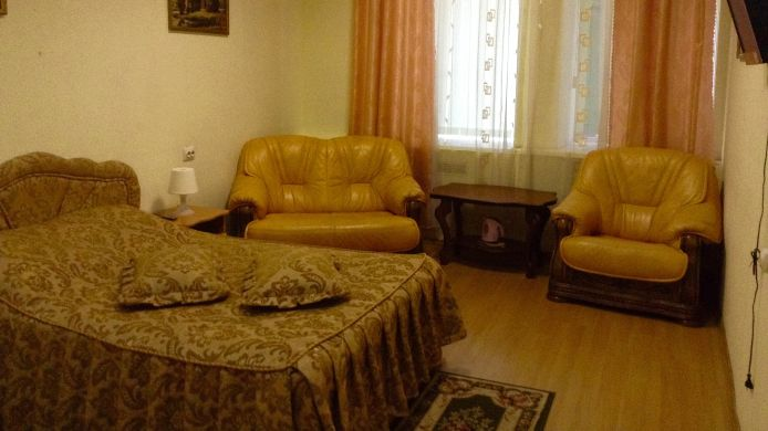 Double room (superior) Na Suharevskoy