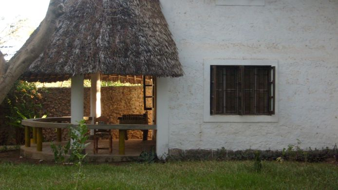 Exterior view Diani Star Beds