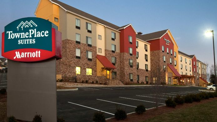 Exterior view TownePlace Suites Nashville Airport