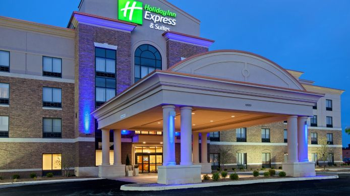 Exterior view Holiday Inn Express & Suites COLUMBUS EDINBURGH