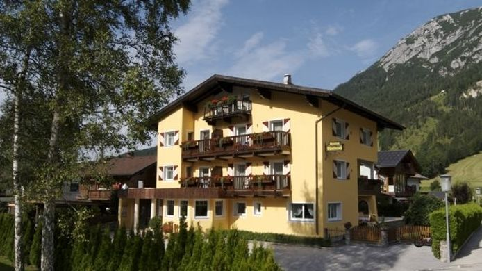 Exterior view Appartementhaus Waldruh Pension