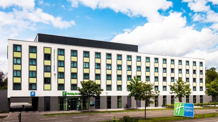 Buitenaanzicht Holiday Inn Express AUGSBURG
