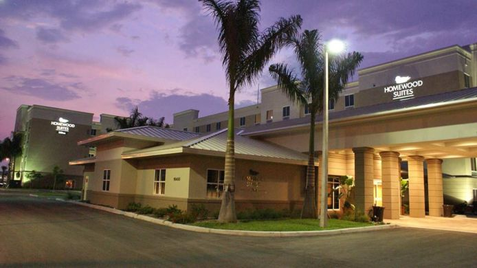 Buitenaanzicht Homewood Suites by Hilton Fort Myers Airport-FGCU