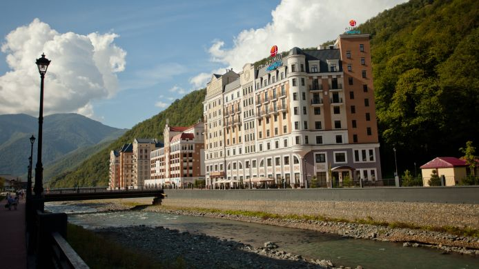 Exterior view AZIMUT Hotel FREESTYLE Rosa Khutor