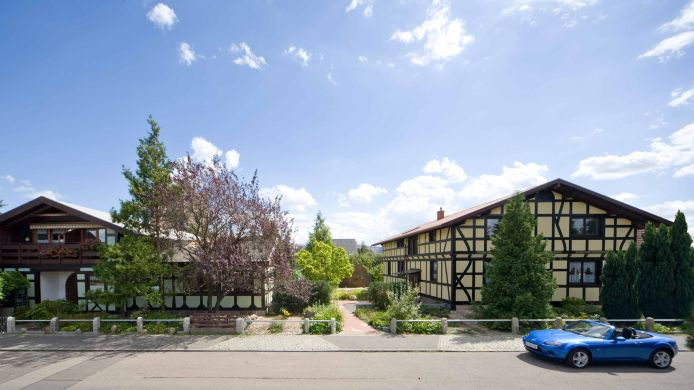 Exterior view Hotel-Pension Blumenbach