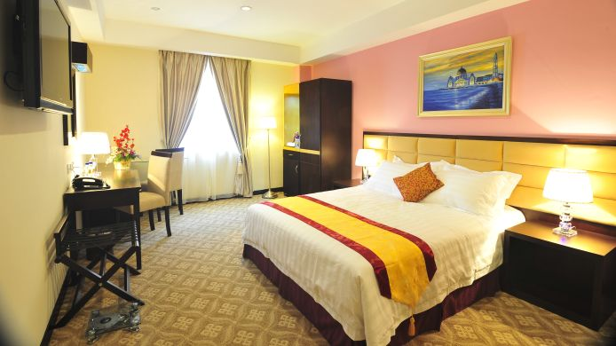 Double room (standard) Hallmark Crown Hotel- Melaka
