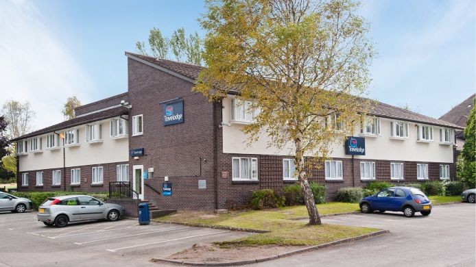 Buitenaanzicht TRAVELODGE CHESTER WARRINGTON ROAD