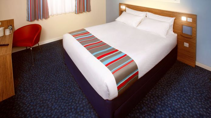 Double room (standard) TRAVELODGE MANCHESTER SALFORD QUAYS