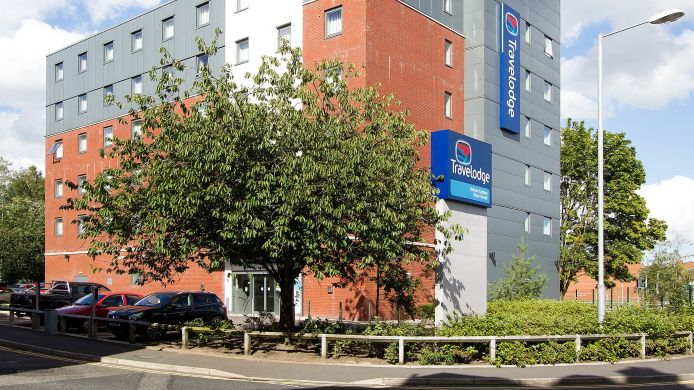 Buitenaanzicht TRAVELODGE BOLTON CENTRAL RIVER STREET