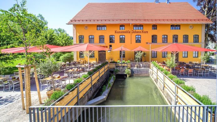 Exterior view Kunstmühle Hotel