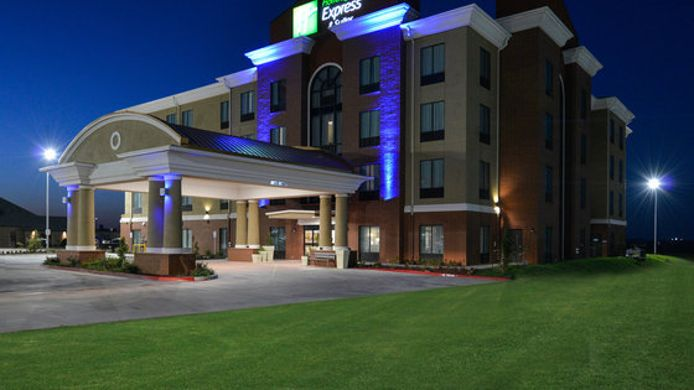 Exterior view Holiday Inn Express & Suites ALVA