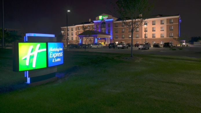 Buitenaanzicht Holiday Inn Express & Suites DETROIT NORTH - TROY