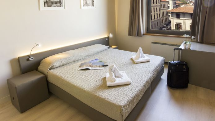 Single room (standard) Plus Florence Hostel