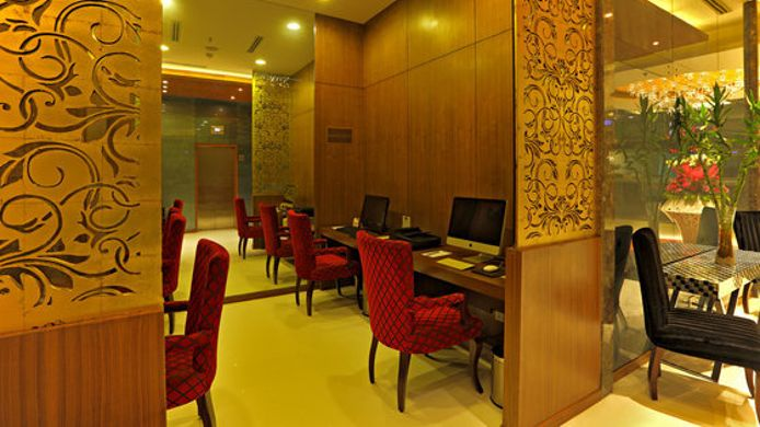 Information COUNTRY INN STE DELHI SAKET