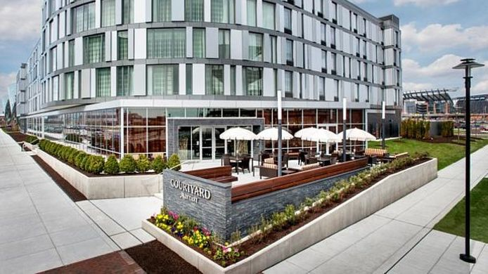 Exterior view Courtyard Philadelphia South at The Navy Yard