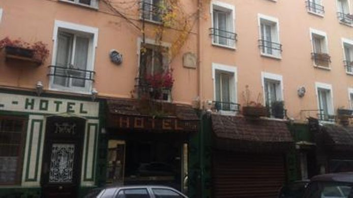 Exterior view Hipotel Paris Montmartre