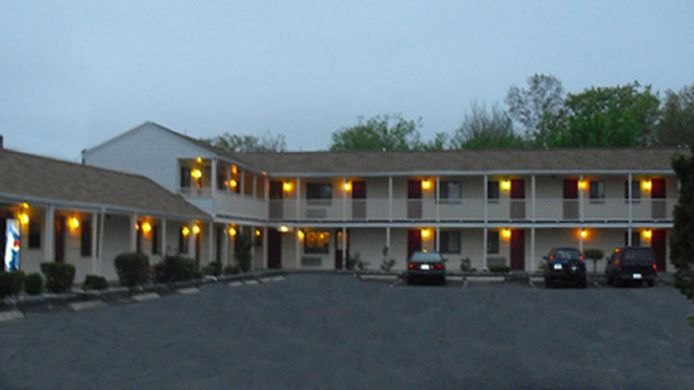 Exterior view Passport Inn Methuen