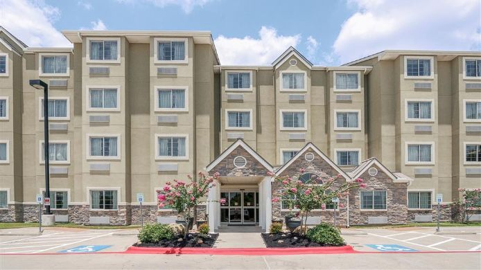 Exterior view MICROTEL AUSTIN AIRPORT