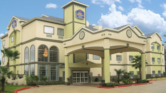 Exterior view BEST WESTERN PLUS NEW CANEY