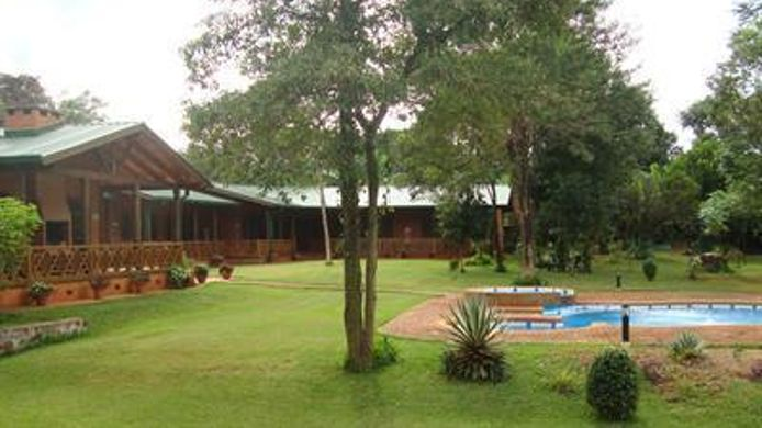 Exterior view Toucan Lodge