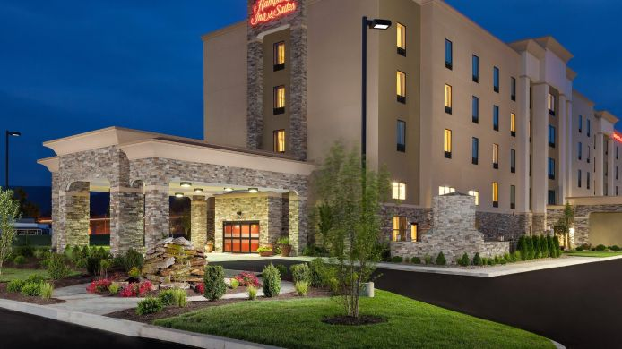 Buitenaanzicht Hampton Inn - Suites Williamsport-Faxon Exit PA