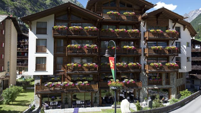 Buitenaanzicht Matterhorn Lodge Hotel & Apartments