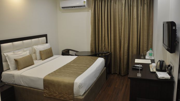 Double room (superior) Usha Kiran Palace Hotel & Towers