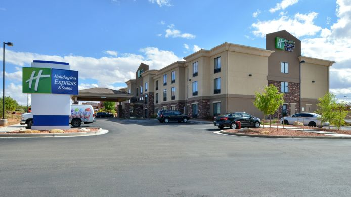 Buitenaanzicht Holiday Inn Express & Suites PAGE - LAKE POWELL AREA