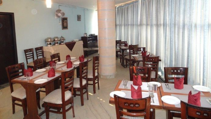 Café/bistro NXT Noida - By Ambrosia Hotels and Resorts Ambrosia Hotels and Resorts