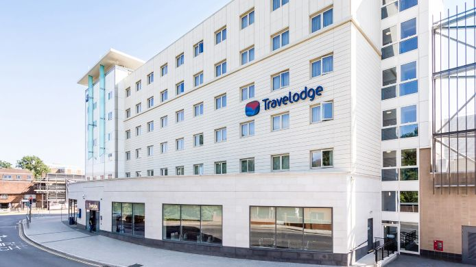 Buitenaanzicht TRAVELODGE CRAWLEY