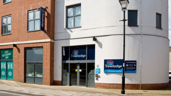 Exterior view TRAVELODGE CHICHESTER CENTRAL