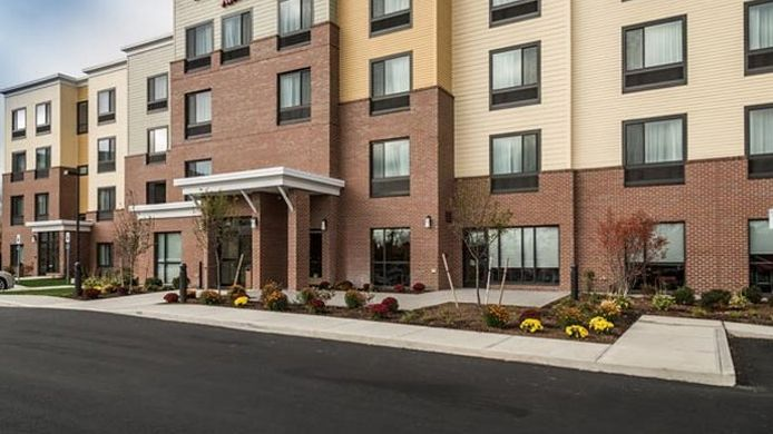 Exterior view TownePlace Suites Bangor
