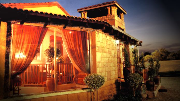 Exterior view Casa Toscana Lodge