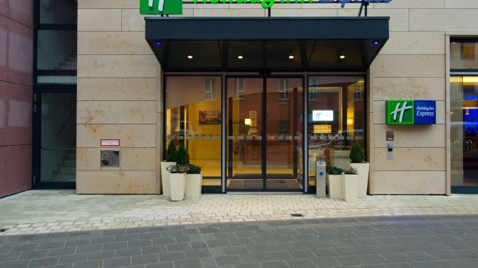 Buitenaanzicht Holiday Inn Express NUREMBERG CITY - HAUPTBAHNHOF