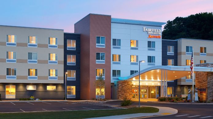 Exterior view Fairfield Inn & Suites Springfield Northampton/Amherst
