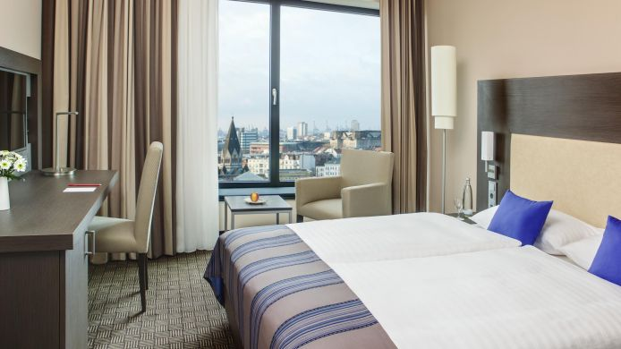 Double room (superior) InterCityHotel Dammtor-Messe